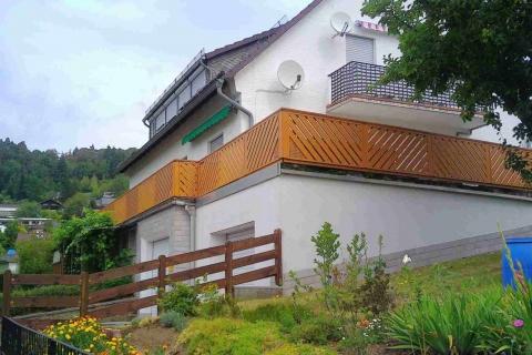 D196-Diagonal-Aluminium-Balkone-Balkongelaender-Rieb-Balkone-Wartungsfrei-Gelaender-Nie-mehr-Streichen