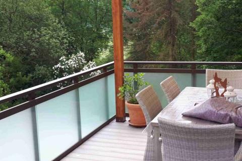 G190-Glas-Aluminium-Balkone-Balkongelaender-Rieb-Balkone-Wartungsfrei-Gelaender-Nie-mehr-Streichen