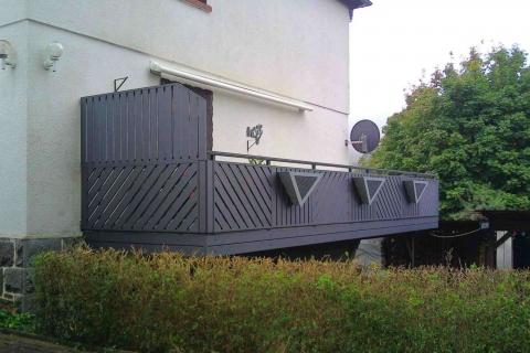 T057-Aluminium-Balkone-Balkongelaender-Rieb-Balkone-Wartungsfrei-Gelaender-Nie-mehr-Streichen
