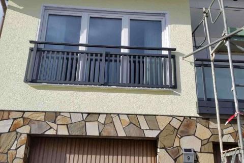 T193-Aluminium-Balkone-Balkongelaender-Rieb-Balkone-Wartungsfrei-Gelaender-Nie-mehr-Streichen