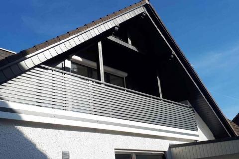 W180-Waagerecht-Aluminium-Balkone-Balkongelaender-Rieb-Balkone-Wartungsfrei-Gelaender-Nie-mehr-Streichen