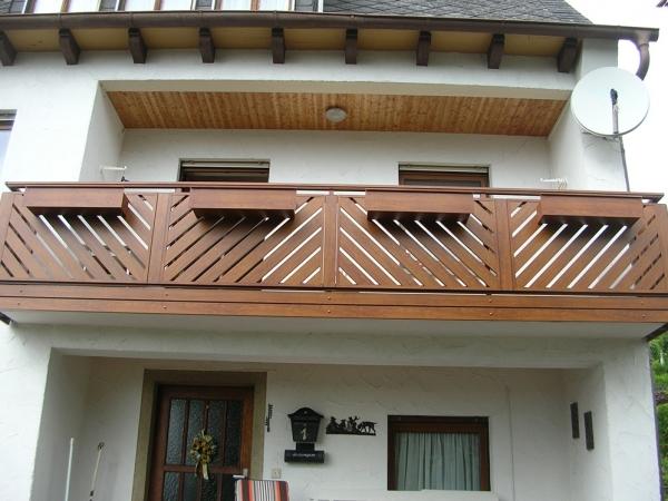 H021-Franken-Rieb-Balkone-Geländer-Aluminium-Wartungsfrei-Balkongeländer-Renovierung-Witterungsbeständig