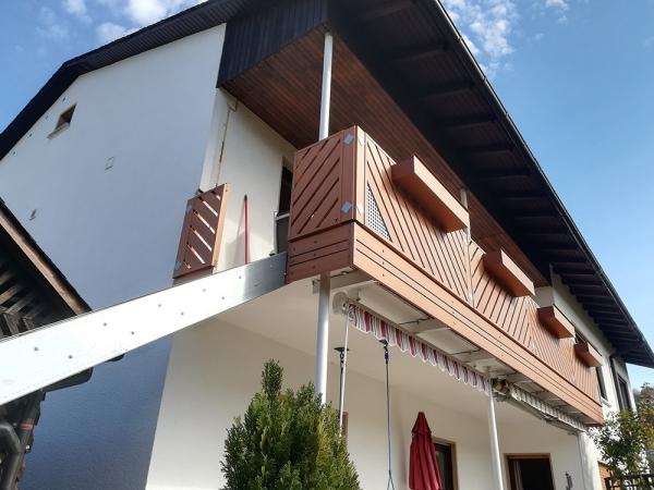 H043-Franken-Rieb-Balkone-Geländer-Aluminium-Wartungsfrei-Balkongeländer-Renovierung-Witterungsbeständig.jpg