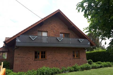 R004-Franken-Rieb-Balkone-Geländer-Aluminium-Wartungsfrei-Balkongeländer-Renovierung-Witterungsbeständig