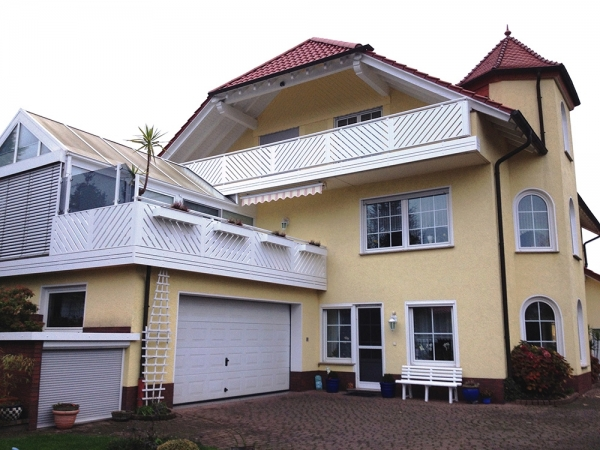 R017-Franken-Rieb-Balkone-Geländer-Aluminium-Wartungsfrei-Balkongeländer-Renovierung-Witterungsbeständig
