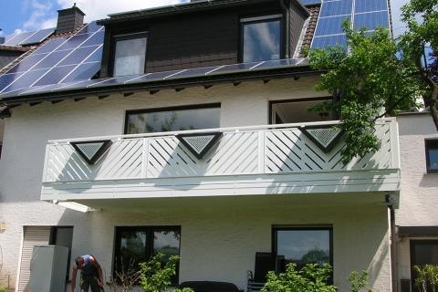 R035-Franken-Rieb-Balkone-Geländer-Aluminium-Wartungsfrei-Balkongeländer-Renovierung-Witterungsbeständig