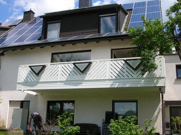 R059-Franken-Rieb-Balkone-Geländer-Aluminium-Wartungsfrei-Balkongeländer-Renovierung-Witterungsbeständig