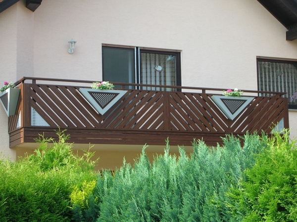H004-Franken-Rieb-Balkone-Geländer-Aluminium-Wartungsfrei-Balkongeländer-Renovierung-Witterungsbeständig