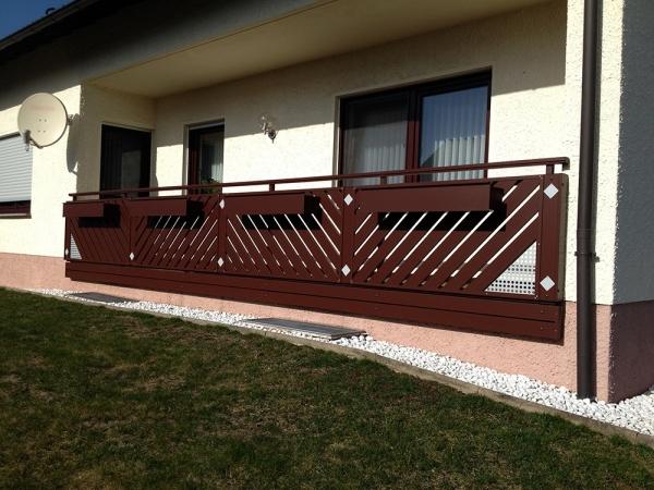 R014-Franken-Rieb-Balkone-Geländer-Aluminium-Wartungsfrei-Balkongeländer-Renovierung-Witterungsbeständig