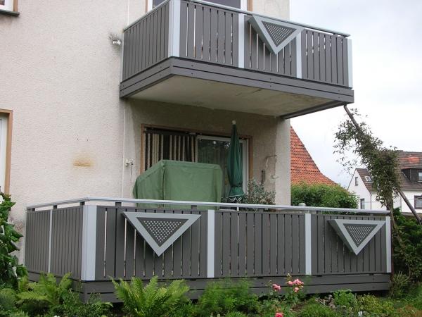 R016-Berlin-Rieb-Balkone-Geländer-Aluminium-Wartungsfrei-Balkongeländer-Renovierung-Witterungsbeständig