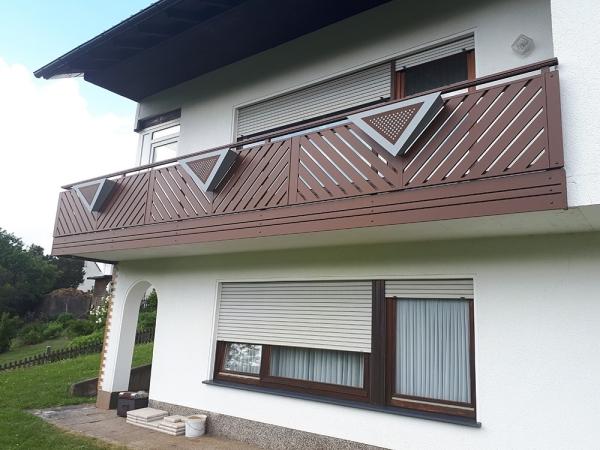 R019-Franken-Rieb-Balkone-Geländer-Aluminium-Wartungsfrei-Balkongeländer-Renovierung-Witterungsbeständig