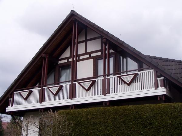 R026-System3000-Rieb-Balkone-Geländer-Aluminium-Wartungsfrei-Balkongeländer-Renovierung-Witterungsbeständig.jpg