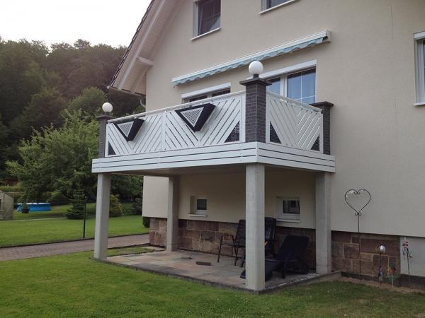 R071-Franken-Rieb-Balkone-Geländer-Aluminium-Wartungsfrei-Balkongeländer-Renovierung-Witterungsbeständig