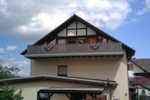 D011-Diagonal-Aluminium-Balkone-Balkongelaender-Rieb-Balkone-Wartungsfrei-Gelaender-Nie-mehr-Streichen