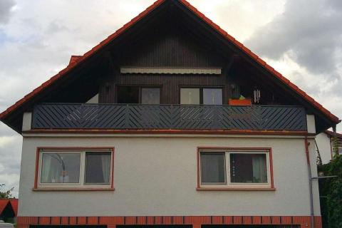 D014-Diagonal-Aluminium-Balkone-Balkongelaender-Rieb-Balkone-Wartungsfrei-Gelaender-Nie-mehr-Streichen