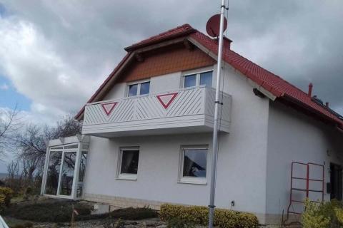 D023-Diagonal-Aluminium-Balkone-Balkongelaender-Rieb-Balkone-Wartungsfrei-Gelaender-Nie-mehr-Streichen