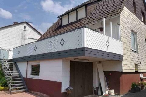 D036-Diagonal-Aluminium-Balkone-Balkongelaender-Rieb-Balkone-Wartungsfrei-Gelaender-Nie-mehr-Streichen