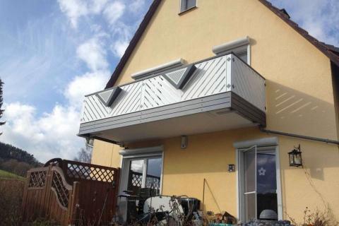 D047-Diagonal-Aluminium-Balkone-Balkongelaender-Rieb-Balkone-Wartungsfrei-Gelaender-Nie-mehr-Streichen