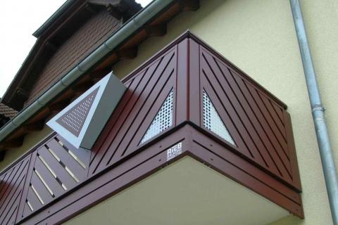 D061-Diagonal-Aluminium-Balkone-Balkongelaender-Rieb-Balkone-Wartungsfrei-Gelaender-Nie-mehr-Streichen