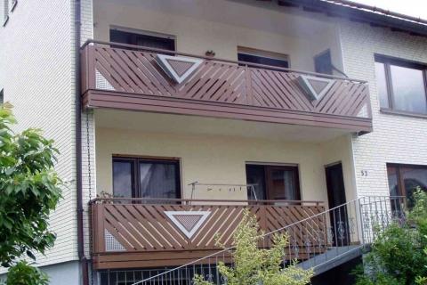 D063-Diagonal-Aluminium-Balkone-Balkongelaender-Rieb-Balkone-Wartungsfrei-Gelaender-Nie-mehr-Streichen