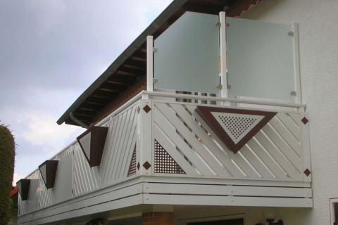 D064-Diagonal-Aluminium-Balkone-Balkongelaender-Rieb-Balkone-Wartungsfrei-Gelaender-Nie-mehr-Streichen