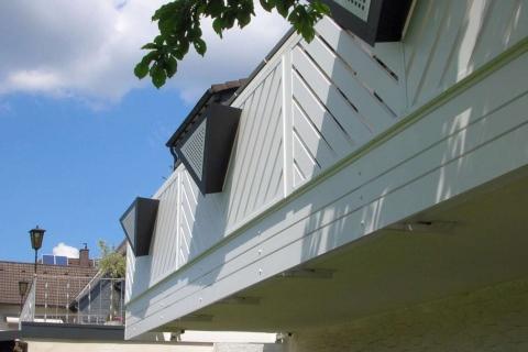 D066-Diagonal-Aluminium-Balkone-Balkongelaender-Rieb-Balkone-Wartungsfrei-Gelaender-Nie-mehr-Streichen