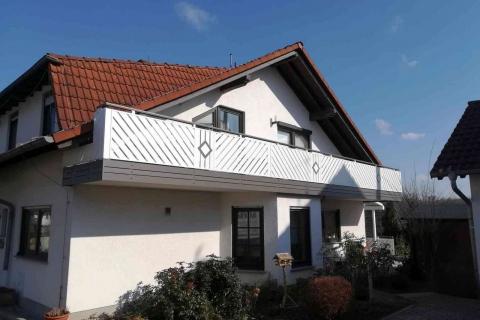 D094-Diagonal-Aluminium-Balkone-Balkongelaender-Rieb-Balkone-Wartungsfrei-Gelaender-Nie-mehr-Streichen