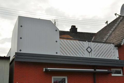 D101-Diagonal-Aluminium-Balkone-Balkongelaender-Rieb-Balkone-Wartungsfrei-Gelaender-Nie-mehr-Streichen