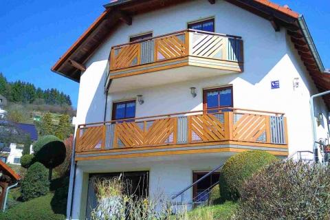 D174-Diagonal-Aluminium-Balkone-Balkongelaender-Rieb-Balkone-Wartungsfrei-Gelaender-Nie-mehr-Streichen