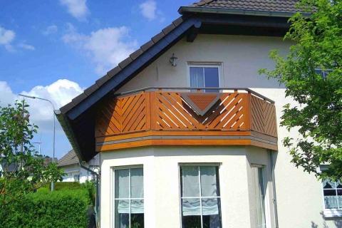 D188-Diagonal-Aluminium-Balkone-Balkongelaender-Rieb-Balkone-Wartungsfrei-Gelaender-Nie-mehr-Streichen