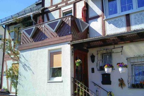 D190-Diagonal-Aluminium-Balkone-Balkongelaender-Rieb-Balkone-Wartungsfrei-Gelaender-Nie-mehr-Streichen