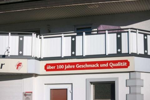 GS020-Aluminium-Balkone-Balkongelaender-Rieb-Balkone-Wartungsfrei-Gelaender-Nie-mehr-Streichen