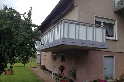 GS022-Aluminium-Balkone-Balkongelaender-Rieb-Balkone-Wartungsfrei-Gelaender-Nie-mehr-Streichen