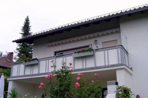GS023-Aluminium-Balkone-Balkongelaender-Rieb-Balkone-Wartungsfrei-Gelaender-Nie-mehr-Streichen