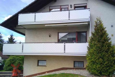 GS200-Aluminium-Balkone-Balkongelaender-Rieb-Balkone-Wartungsfrei-Gelaender-Nie-mehr-Streichen