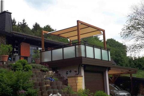 G027-Glas-Aluminium-Balkone-Balkongelaender-Rieb-Balkone-Wartungsfrei-Gelaender-Nie-mehr-Streichen