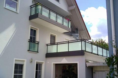 G192-Glas-Aluminium-Balkone-Balkongelaender-Rieb-Balkone-Wartungsfrei-Gelaender-Nie-mehr-Streichen