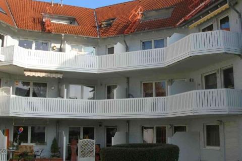 M002-Aluminium-Balkone-Balkongelaender-Rieb-Balkone-Wartungsfrei-Gelaender-Nie-mehr-Streichen