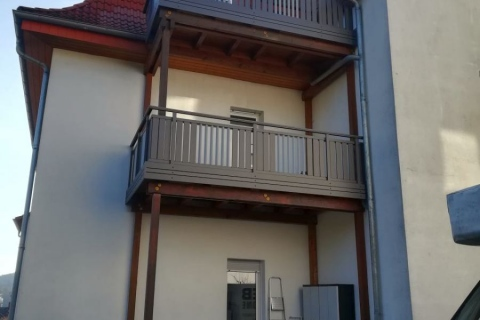 M010-Aluminium-Balkone-Balkongelaender-Rieb-Balkone-Wartungsfrei-Gelaender-Nie-mehr-Streichen
