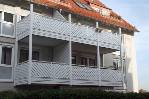 M017-Aluminium-Balkone-Balkongelaender-Rieb-Balkone-Wartungsfrei-Gelaender-Nie-mehr-Streichen