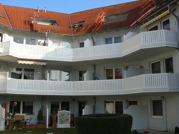 R002-MFH-Rieb-Balkone-Geländer-Aluminium-Wartungsfrei-Balkongeländer-Renovierung-Witterungsbeständig