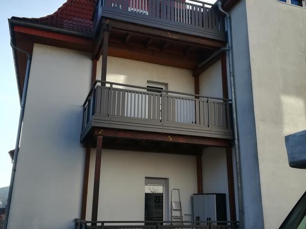 R011-MFH-Rieb-Balkone-Geländer-Aluminium-Wartungsfrei-Balkongeländer-Renovierung-Witterungsbeständig.jpg