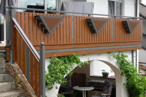 S189-Aluminium-Balkone-Balkongelaender-Rieb-Balkone-Wartungsfrei-Gelaender-Nie-mehr-Streichen