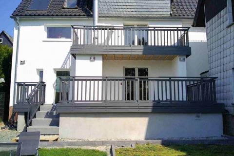 S190-Aluminium-Balkone-Balkongelaender-Rieb-Balkone-Wartungsfrei-Gelaender-Nie-mehr-Streichen