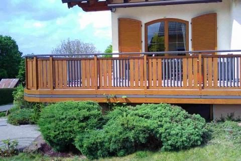 S200-Aluminium-Balkone-Balkongelaender-Rieb-Balkone-Wartungsfrei-Gelaender-Nie-mehr-Streichen