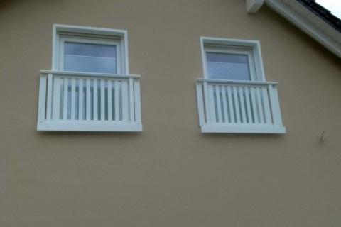 T014-Aluminium-Balkone-Balkongelaender-Rieb-Balkone-Wartungsfrei-Gelaender-Nie-mehr-Streichen