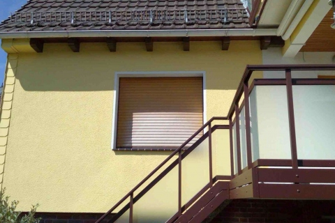 T016-Aluminium-Balkone-Balkongelaender-Rieb-Balkone-Wartungsfrei-Gelaender-Nie-mehr-Streichen