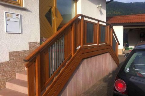 T019-Aluminium-Balkone-Balkongelaender-Rieb-Balkone-Wartungsfrei-Gelaender-Nie-mehr-Streichen