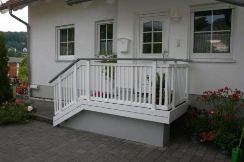 T030-Aluminium-Balkone-Balkongelaender-Rieb-Balkone-Wartungsfrei-Gelaender-Nie-mehr-Streichen