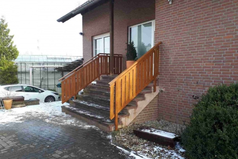 T031-Aluminium-Balkone-Balkongelaender-Rieb-Balkone-Wartungsfrei-Gelaender-Nie-mehr-Streichen